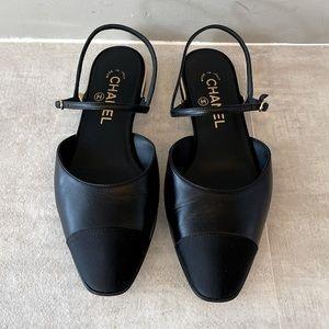 CHANEL Black Slingback Flats Size 38.5